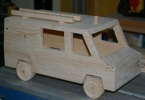 (Basteln) Holz Feuerwehrauto U201eTSFu201c