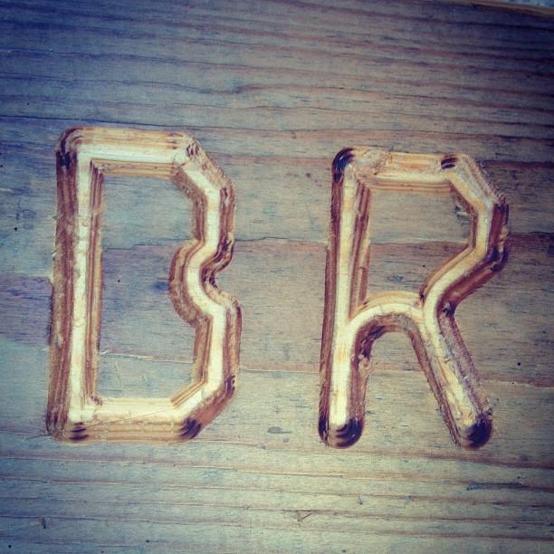 Instagram: Geschenk aus sehr, sehr altem Holz